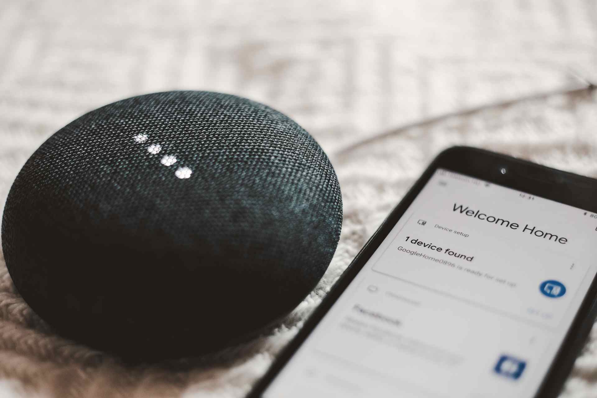 Voice Assistants are popular KI devices and need to handle Natural Language Processing